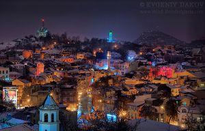 Зимна нощ над Пловдив